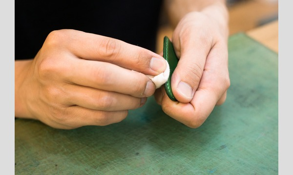【6/24(日)】革と糸の色を選んで作る 革の靴べらキーホルダーづくり in minneのアトリエ 福岡 イベント画像3